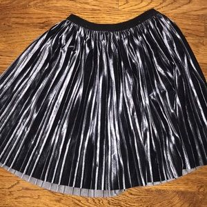 Zara girls size 9 velvet pleated skirt navy